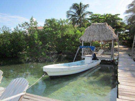 Sea Dreams Hotel: Dock at the back of the sea dreams