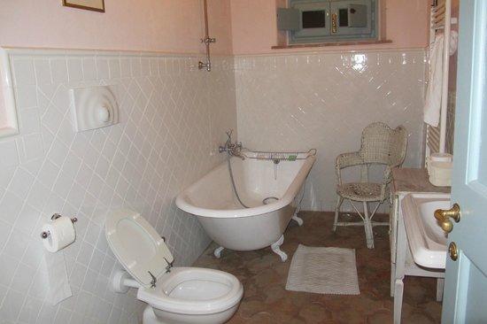 Podere la Querce: Bathroom