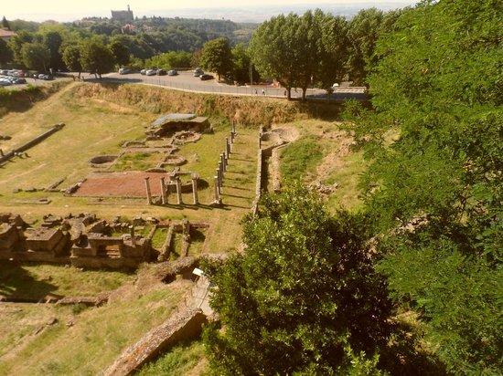 Teatro Romano (Roman Theater & Baths): Una sorpresa no tan explotada