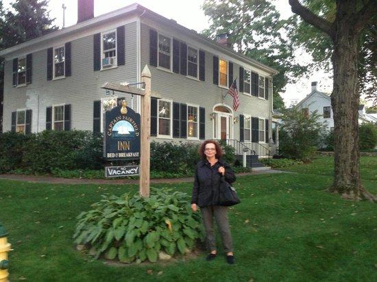 Captain Fairfield Inn: The Misses in front of the Inn