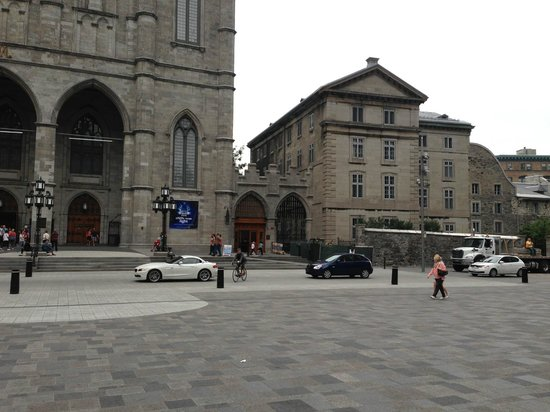 Gift shop on the right - Picture of Notre-Dame Basilica, Montreal ...