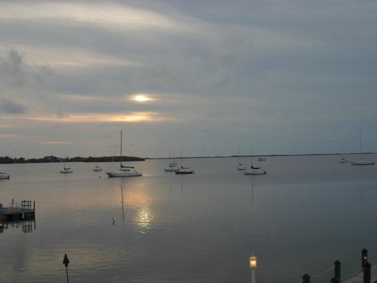 Bayside Grille & Sunset Bar: Our sunset view