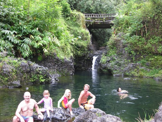 Exploring Lava Tube At Black Sand Beach  Picture Of All Maui Private Tours