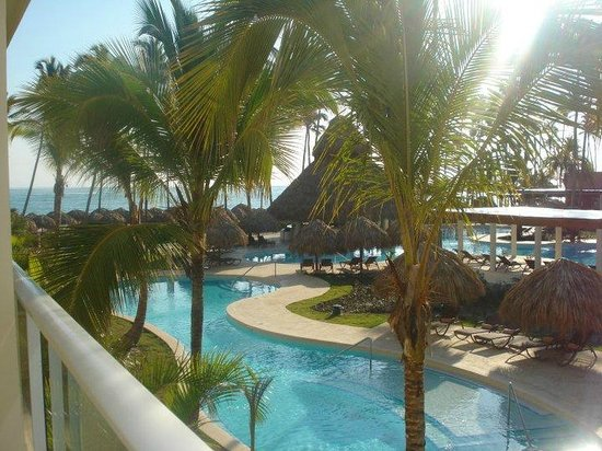 Secrets Royal Beach Punta Cana: VIEW FROM ROOM