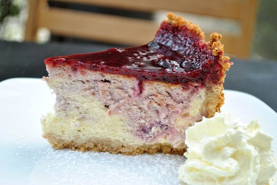 Tulips Cafe: Berry Cheesecake
