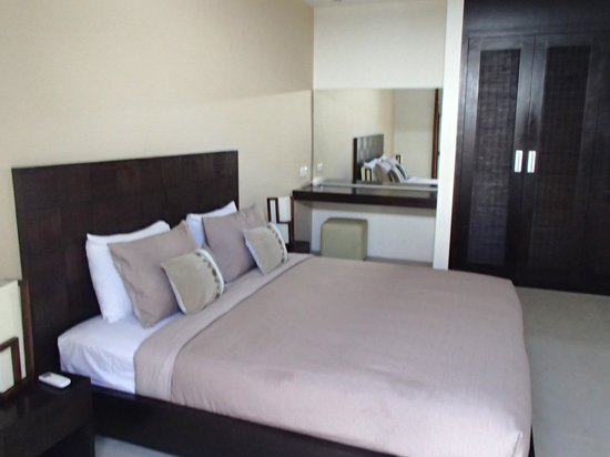 Arama Riverside Villas : 2nd bedroom with Queen bed