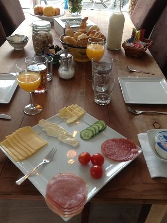Minties : Delicious fresh breakfast