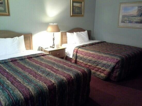 Lamp Liter Inn : chambre 261