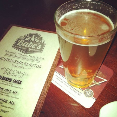 Babe's Bar-B-Que Grill and Brewhouse: Great Brew