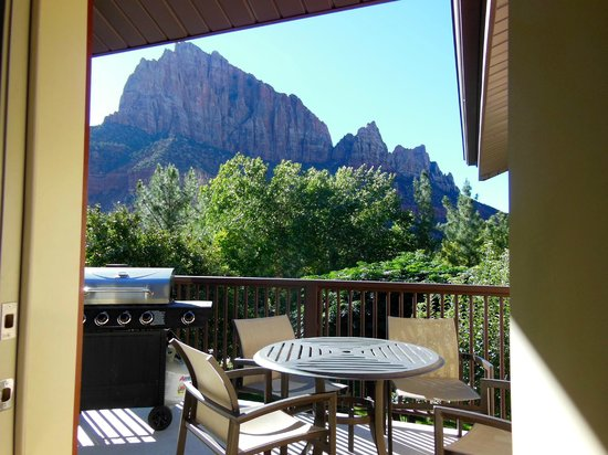 Cliffrose Lodge & Gardens: A room with a view!