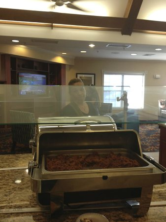 Residence Inn Fort Smith: Complimentary evening meals 3 days a week