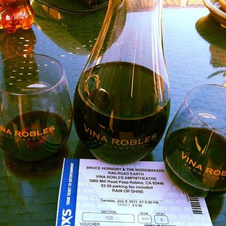 Vina Robles Amphitheatre: Vina Robles Wine and concert