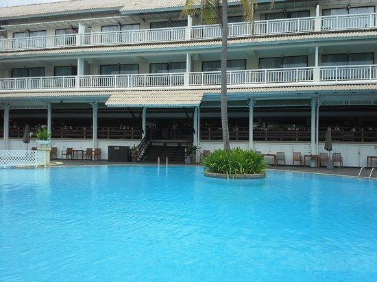 Cape Panwa Hotel: Hotel