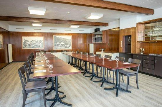 Restaurant Bären Zug: Saal im ersten Stock/upper Floor