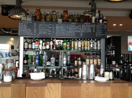 Icelandair Hotel Reykjavik Marina: The bar/ restaurant area