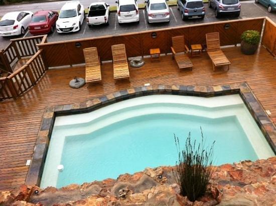 Kelway Hotel : piscine extérieure