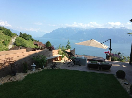 Lavauxhomestay, Bed and Breakfast: terrasse jacuzzi