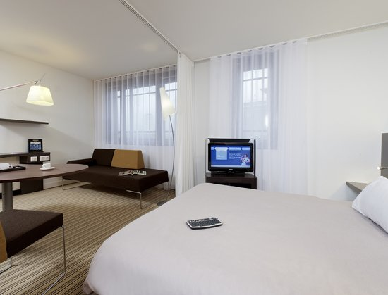 Novotel Suites Cannes Centre: Suite