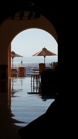 Strand Beach and Golf  Resort Taba Heights : View from Reception through to Bar and Beach