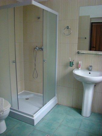 Visconti Militari: Bathroom