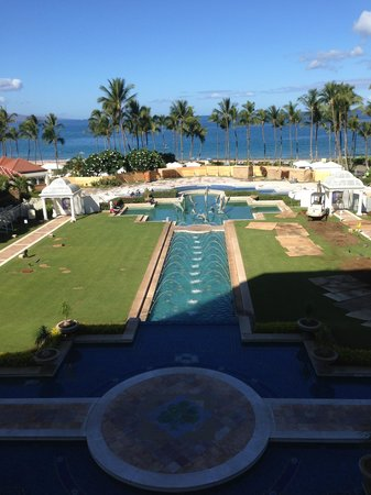 Grand Dining Room At Grand Wailea Resort: View From Breakfast