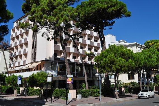 Hotel Corona Milano Marittima Vacanze Urlaub Holiday