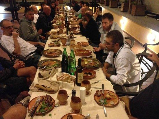 Valle del Marta Resort: cena tra amici