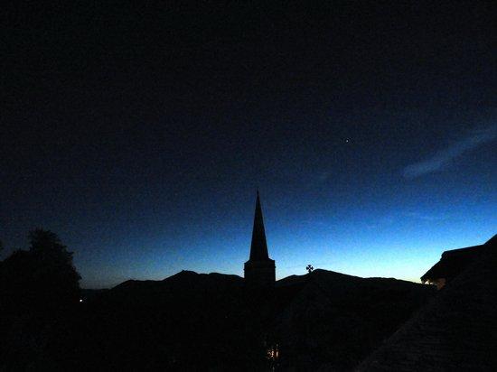 Ferndene Guest House: St Johns at dusk