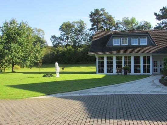 Pension Ederstrand: Ein Teil des Gartens