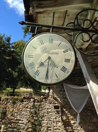 Le Refuge des Chevaliers: Time really doesn't matter here