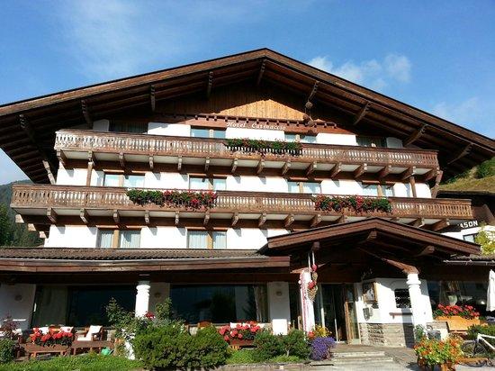 Hotel Catinaccio: L'Hotel in tutta la sua bellezza!