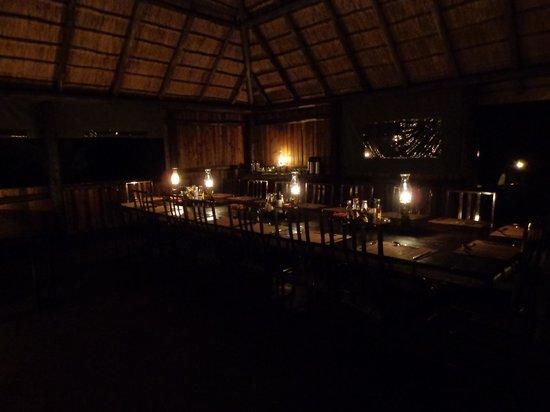 Mosetlha Bush Camp & Eco Lodge : dining area