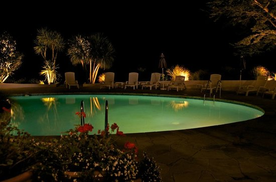 The Atlantic Hotel: Pool area at night