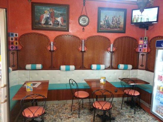 Cafe de Tanger: Zouheir.  caffe de tanger