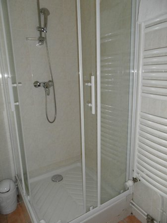 Villa Marjane: salle de bain