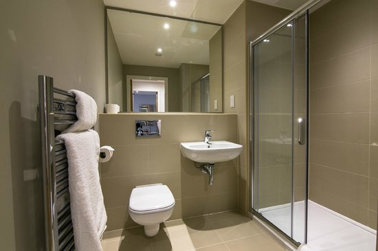 SACO Manchester - Piccadilly: Apartment bathroom