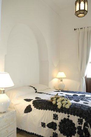 Dar Mo'da: white suite