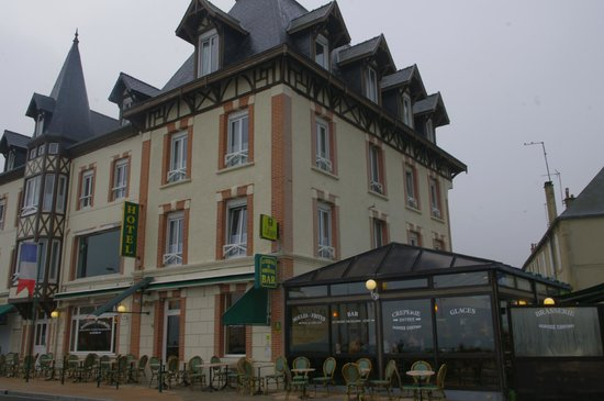 Hotel de Normandie : L'hôtel et le restaurant