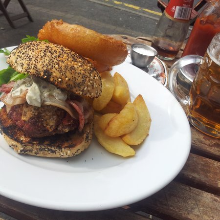 The Parlour: well burger me!