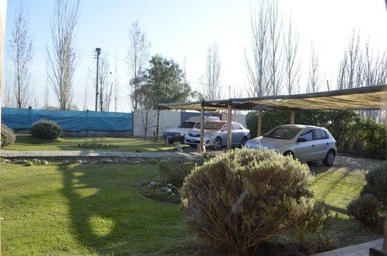 TikayKilla Lodge & Wines: Estacionamiento