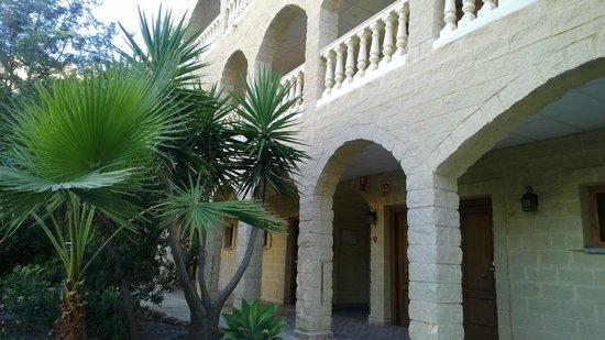 Hotel Plaza Del Castillo : Cortile interno
