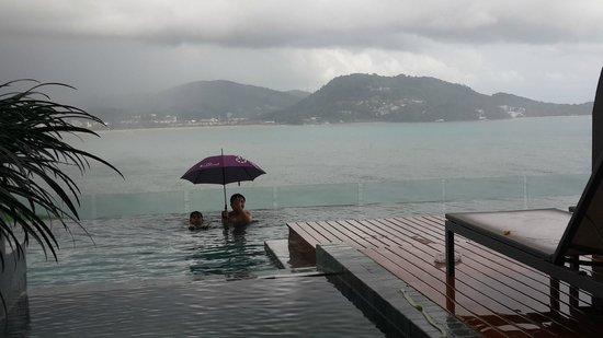 Kalima Resort & Spa: Pool with room