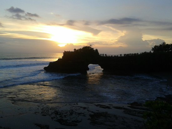 Mind Body Soul Surf Bali Retreat: Balinese culture and landscape