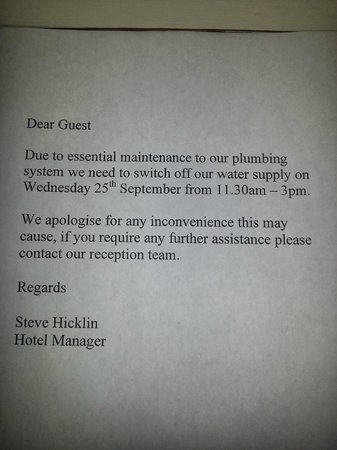 Premier Inn Manchester City Centre (Arena/Printworks) Hotel: Notice about water going off!
