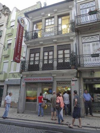 Restaurante Pedro dos Frangos: Outside so you know where u are.