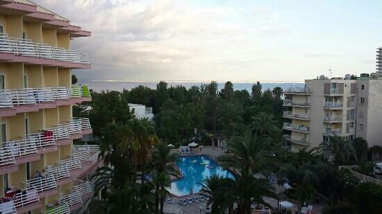 Globales Palmanova: room 410 lovely view