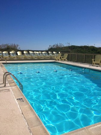 Surf Side Hotel : The outdoor pool