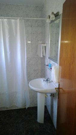 Hostal El Levante: Vista del bagno