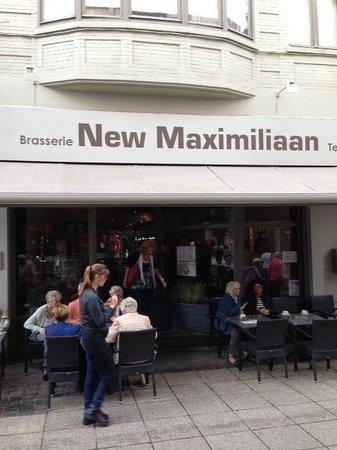 New Maximiliaan: Vue de façade