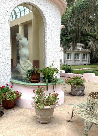 Blue Heron Inn : Reynolds Mansion on Sapelo Island